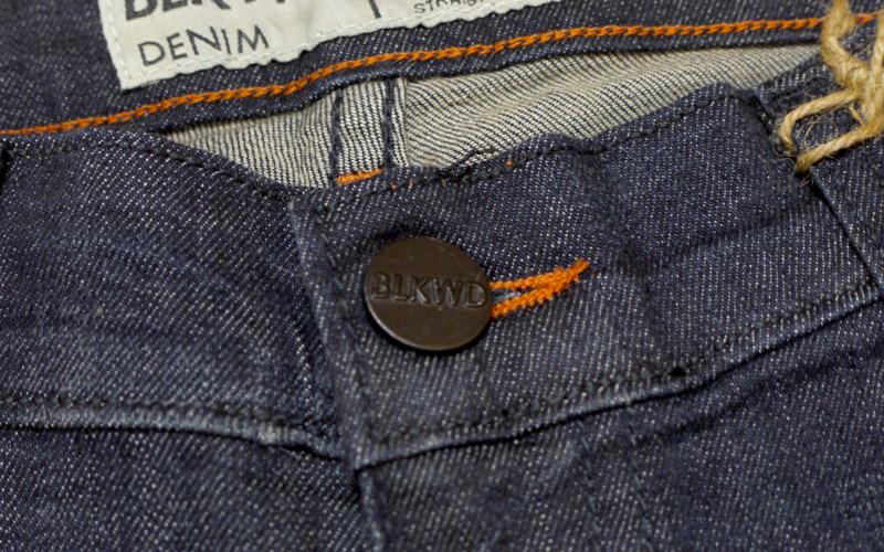 BLKWDデニムOak Washのボタン画像