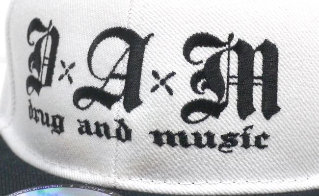 DxAxM drug and music スナップバックキャップ キャップ 通販 ホワイト