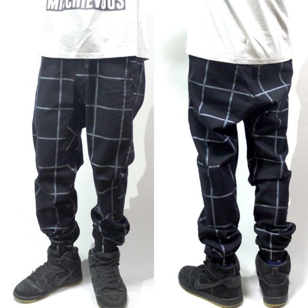 画像1: [NEO BLUE]-7621 Checkered Black Jogger Pants- (1)